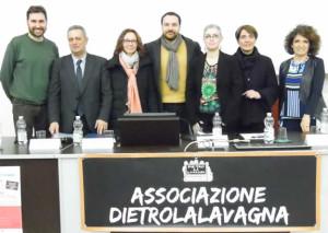 Da sinistra a destra: Lucio Farina (Coordinatore SoLeVol - Centro di Servizio per il Volontariato di Lecco e Provincia) - Paolo Cuzzi (Consigliere d'Amministrazione Calvi S.p.A.), Stefania Palma (Responsabile Area Scuola e Formazione Confindustria Lecco e Sondrio), l'On. Roberto Rampi (Componente VII Commissione Cultura, Scienza e Istruzione), l'assessore all'istruzione del comune di Merate Maria Silvia Sesana, Manuela Campeggi (dirigente Ist. Vigano` e Liceo Agnesi) e Patrizia Riva Presidente ass. DietroLaLavagna