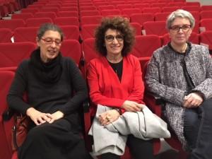 Da sinistra Paola Sala (DietroLaLavagna), Patrizia Riva (Presidente DietroLalavagna) e l'assessore all'istruzione Maria Silva Sesana